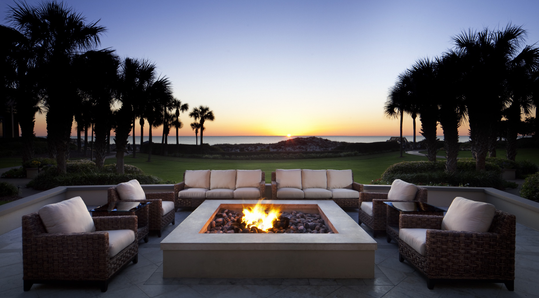 The Ritz-Carlton, Amelia Island outdoor fire pit | U.S.A. |